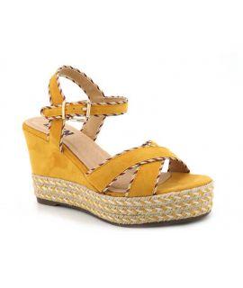 Sandale Elue par Nous Genie jaune, compensé pour femmes