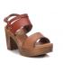 Sandale mode Xti 42704 camel, compensé talon décroché confortable