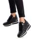 Baskets XTI 42236 noir| Sneakers compensés tige matelassée